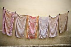 Secado de las toallas Fotos de archivo