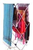 Secador de ropa aislado en blanco Foto de archivo