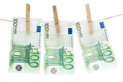 Secando cem euro- contas fotografia de stock royalty free