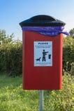 Secchio della spazzatura del cane Fotografia Stock Libera da Diritti
