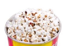 Secchio pieno di popcorn Fotografia Stock