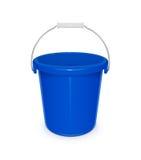 Secchio vuoto di plastica blu con la maniglia per la pulizia ed il governo della casa Immagine Stock Libera da Diritti