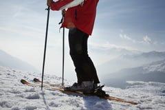 Sección baja del hombre en Ski Vacation Foto de archivo
