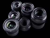 Sechs Digital-Objektiv-Dreieckmuster auf Schwarzem Stockfoto