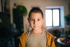 Sechs Jährigjunge Stockfoto