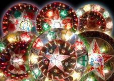 Sechs Weihnachtslaternen Stockfotos