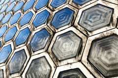 Sechseckiger Glasbaustein Stockbild