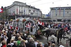 Sechseläuten-Parade: Masses of peoples in Zürich-City stock image