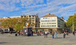 Sechselautenplatz-Quadrat in Zürich während Zürich-Filmes Festval Stockfoto