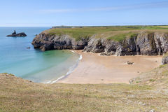 Secluded beach along Pembrokeshire Coastal Path Stock Photo