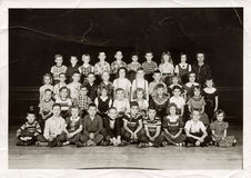 Second Grade Students, c. 1955. Bucyrus, Ohio – December 3, 2014: Holmes Liberty Elementary School second grade class pose for a yearly class portrait, c. 1955 Stock Photo