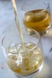 In secondo luogo in tondo di whisky Fotografia Stock