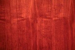 Secousse d'arbre de texture sur un meuble images libres de droits