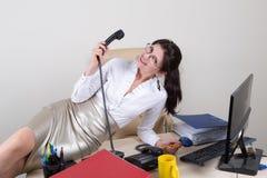 Secretário de cortejo que guarda o telefone Fotos de Stock