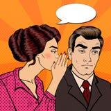 Secret de chuchotement de jeune femme à son mari Art de bruit Photo stock