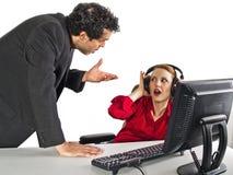 Secretaresse die haar werkgever negeert Stock Foto's