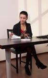 Secretaresse in een bureau Royalty-vrije Stock Afbeelding