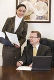 Secretaresse en werkgever Royalty-vrije Stock Afbeelding
