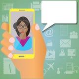 Secretaresse op mobiel Stock Foto's