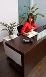 Secretaria In The Office Fotos de archivo