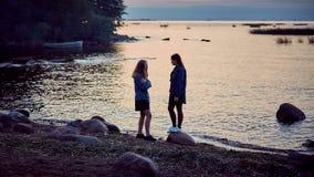 Secretos del verano de las muchachas imagen de archivo libre de regalías