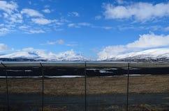 Secteur de langnes d'aéroport de Tromsoe avec la piste Photos libres de droits