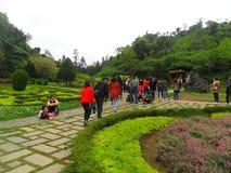 Secteur de touristes dans les zones montagneuses, où beaucoup de minorités ethniques vivent - Lao Cai, Vietnam en 2012 image stock