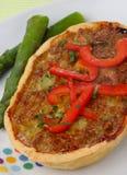 Secteur de viande avec l'asperge et le poivron rouge frais Photos libres de droits