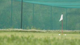 Secteur s'exerçant de puce et de lancement de golf banque de vidéos