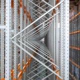 Section de canal en métal dans une salle d'entreposage Images libres de droits