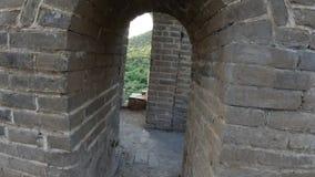 Section non restaurée de la Grande Muraille de la Chine, Zhuangdaokou, Pékin, Chine banque de vidéos