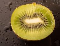 Section transversale de kiwi Image libre de droits