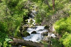 Secuencia de la monta?a con agua clara Fotografía de archivo libre de regalías