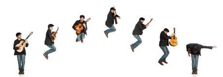 Secuencia de salto del guitarrista Foto de archivo libre de regalías
