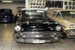 Sedán 1957 de la puerta de Chevrolet Biscayne 4 del coche del vintage Imágenes de archivo libres de regalías