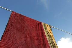 Seda tailandesa con el fondo del cielo azul Imagen de archivo