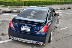 Sedan azul do carro de ECO no estilo do VIP Fotos de Stock