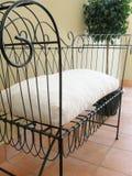 Sede di amore su un balcone Fotografie Stock