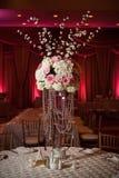 Sede meravigliosamente decorata di nozze Immagini Stock