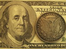 Sedel och tappning för 3 modern USA ett dollarmynt arkivbilder