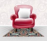 Sedia di cuoio rossa con un cuscino bianco nell'interno floreale leggero Fotografie Stock