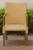 Sedia di legno nel giardino Fotografie Stock