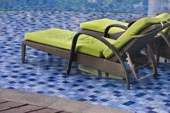Sedia di salotto della piscina Fotografie Stock Libere da Diritti