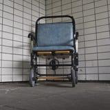 Sedia a rotelle dell'ospedale Fotografia Stock