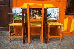 Sedie Colourful in EL Jardin Colombia fotografia stock