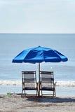 Sedie di spiaggia fotografia stock libera da diritti