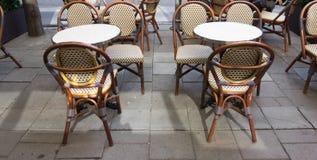 Sedie e tavola Fotografia Stock Libera da Diritti