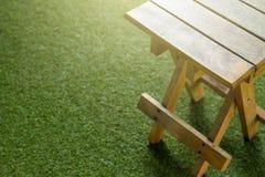 Sedie Pieghevoli Gialle : Sedie pieghevoli gialle anziane immagine stock immagine di