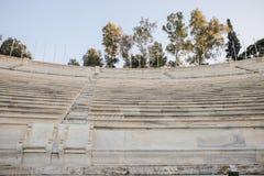 Sedili di scatole reali dal 1908 situati dalla costa Ovest media dello stadio panatenaico, Atene, Grecia Fotografia Stock Libera da Diritti