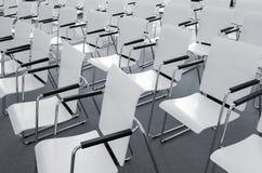Sedili moderni vuoti di conferenza fotografie stock libere da diritti